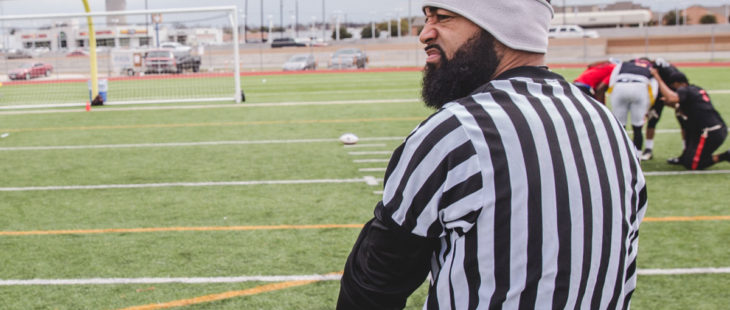 flag-football-game-officials